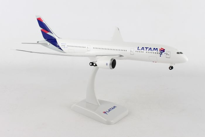 LATAM 787-9 (1:200) by Hogan Wings Collectible Airliner Models item number: HG10734G