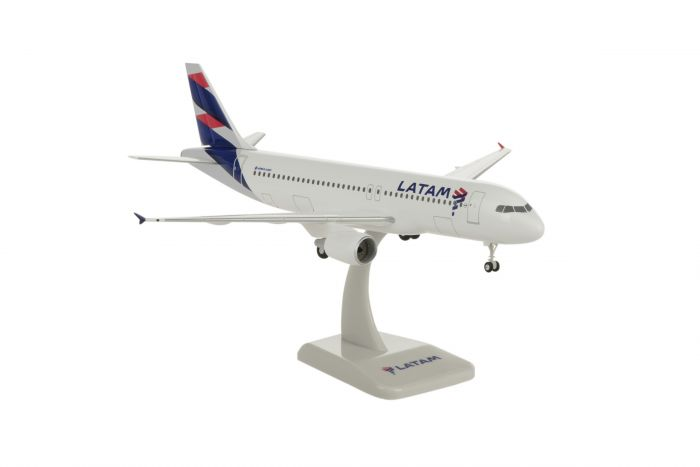LATAM A320 (1:200) by Hogan Wings Collectible Airliner Models item number: HG10758G
