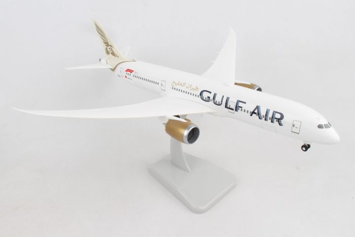 Gulf Air 787-9 With gear and radome A9C-FA (1:200) by Hogan Wings Collectible Airliner Models item number: HG11007G