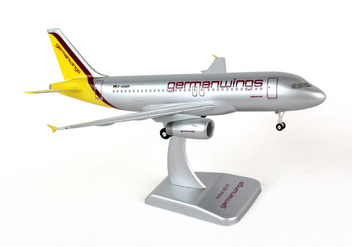 Germanwings A319 with Gear, Registration: D-AGWR by Hogan Wings Collectible Airliner Models item number: HGW01