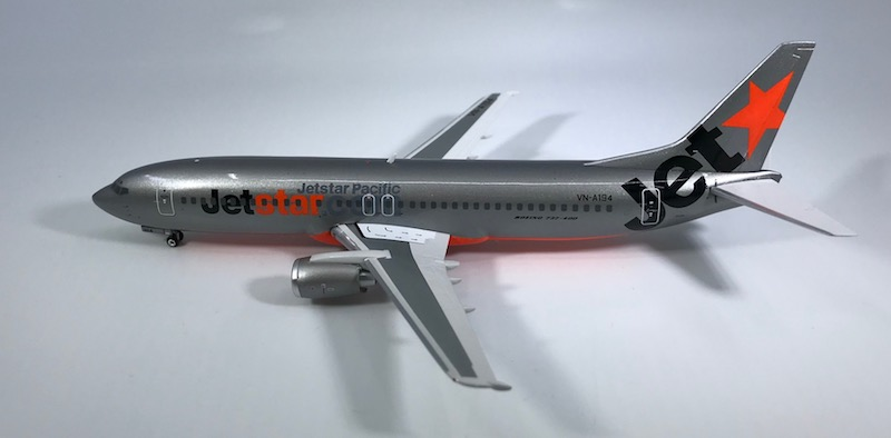 Jetstar Pacific B737-400 ~VN-A194 (1:200) by Phoenix 1:200 Scale Diecast Aircraft