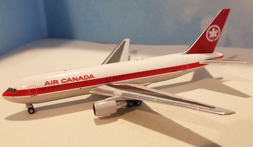Air Canada 767-200 C-GAUW (1:400), AeroClassics Models, Item Number AC419395