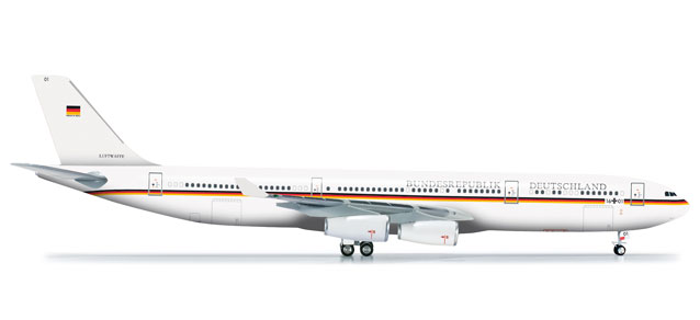 Luftwaffe A340-300 (1:200) Flugbereitschaft, Herpa 1:200 Scale Diecast Airliners Item Number HE555968