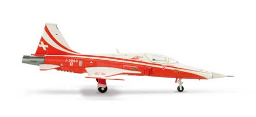 "Patrouille Suisse F-5e Tiger II ""Swiss Aerbatic"" (1:200), Herpa 1:200 Scale Diecast Airliners Item Number HE553315"