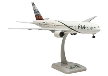 PIA 777-200ER (1:200) with gear, Hogan Wings Collectible Airliner Models Item Number HG4814G