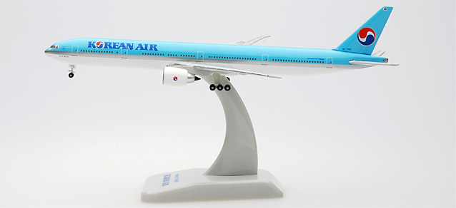 Korean Air 777-300ER (1:500), Hogan Wings Collectible Airliner Models Item Number HG9185