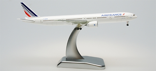 "Air France 777-300ER ""New Livery"" W/Stand & Gear (1:500), Hogan Wings Collectible Airliner Models Item Number HG9277"