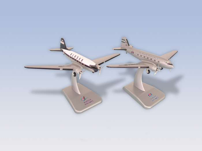 Alaska Airlines DC-3 (1:200) 2 Plane Set, Hogan Wings Collectible Airliner Models Item Number HG8775