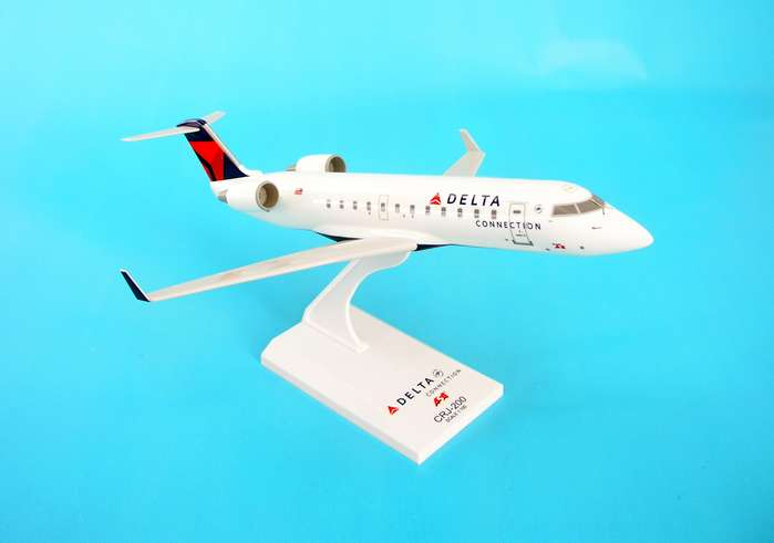 Delta ASA CRJ-700, New Livery (1:100), SkyMarks Airliners Models Item Number SKR394
