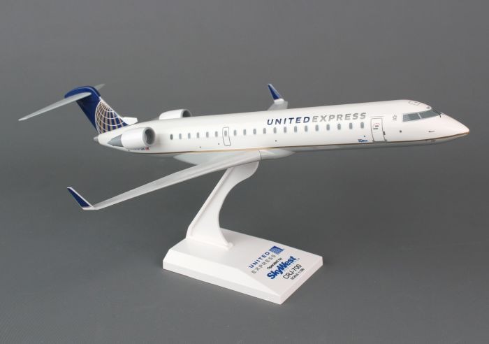 United Airlines Post Continental Merger CRJ-700 (1:100) by SkyMarks Airliners Models item number: SKR647