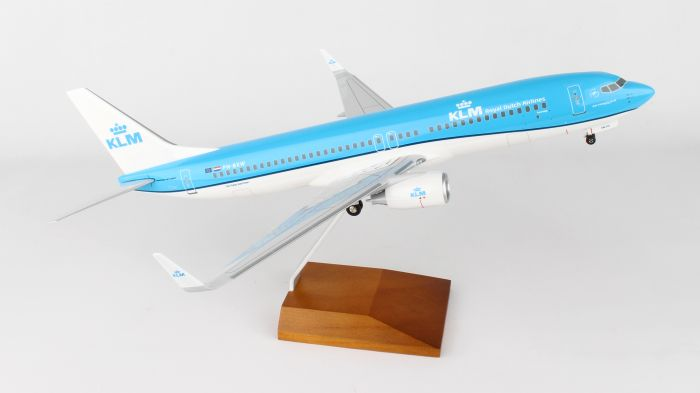 KLM 737-800 New Livery (1:100) by Skymarks Supreme Desktop Aircraft Models item number: SKR8251