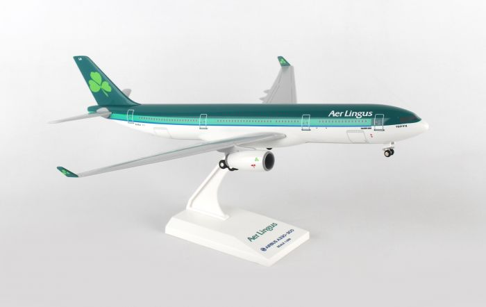 "Aer Lingus A330-300 (1:200) With Gear ""New Livery"" by SkyMarks Airliners Models item number: SKR837"