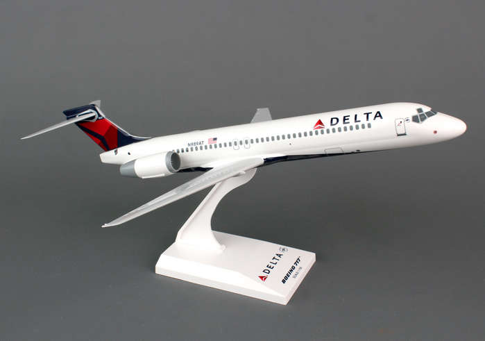 Delta 717 (1:130) New Livery, SkyMarks Airliners Models Item Number SKR760