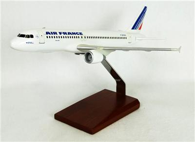 A320 Air France (1:100), TMC Pacific Desktop Airplane Models Item Number KA320AFTR