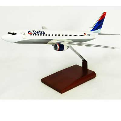 B737-800 Delta (1:100), TMC Pacific Desktop Airplane Models Item Number KB7378DTR