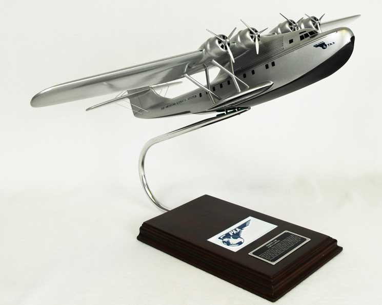 Pan American Airways M-130 China Clipper (1:63), Mastercraft Models Item Number KM130TS
