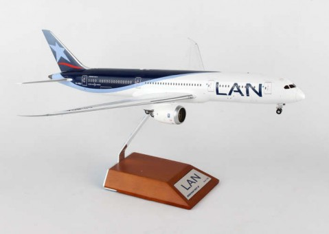 LAN 787 CC-BGA (1:200) by JC Wings Diecast Airliners Item: JC2LAN228