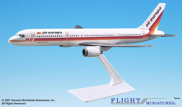 Air Europa 757-200 (1:200), Flight Miniatures Snap-Fit Airliners, Item Number BO-75720H-027