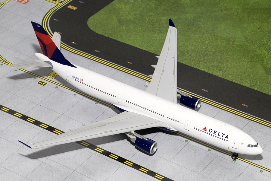 Delta A330-300 N822NW (1:200), GeminiJets 200 Diecast Airliners, Item Number G2DAL335