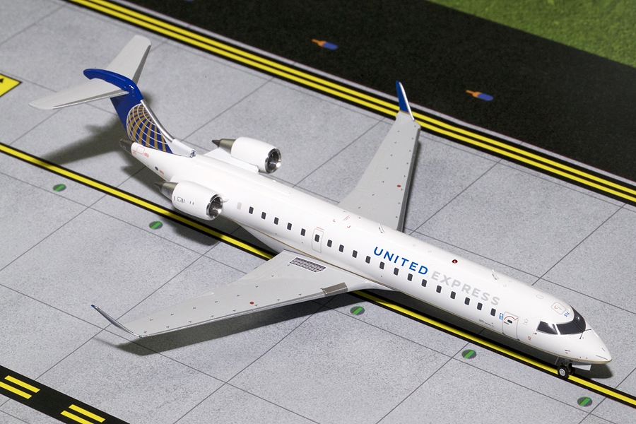 United Express CRJ-700 N514MJ (1:200), GeminiJets 200 Diecast Airliners Item Number G2UAL402