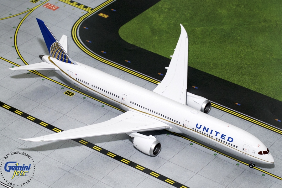 United Airlines B787-10 N78791 (1:200) - New Mould, GeminiJets 200 Diecast Airliners, Item Number G2UAL754