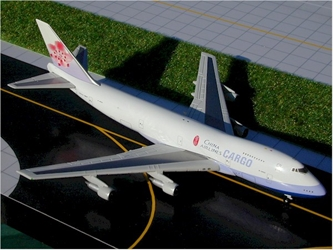 "China Airlines B747-200F ""Cargo"" (1:400), GeminiJets 400 Diecast Airliners, Item Number GJCAL127"