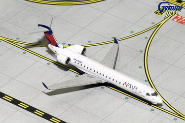 Delta Connection CRJ-700 N708EV (1:400) - Preorder item, order now for future delivery