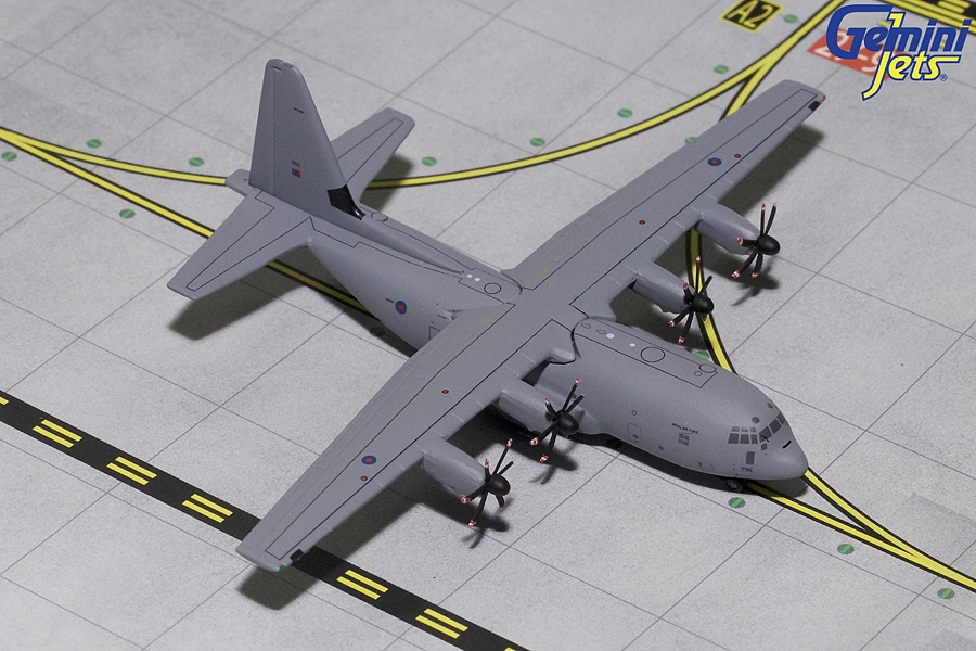Royal Air Force C-130J 886 (1:400), Gemini MACS 400 Diecast Military Planes Item Number GMRAF078