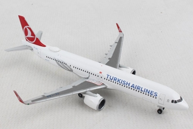 Turkish Airlines Airbus A321neo (1:500), Herpa 1:500 Scale Diecast Airliners, Item Number HE532853