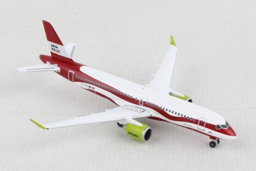 "airBaltic Airbus A220-300 ""Latvia 100"" (1:500), Herpa 1:500 Scale Diecast Airliners, HE533171"