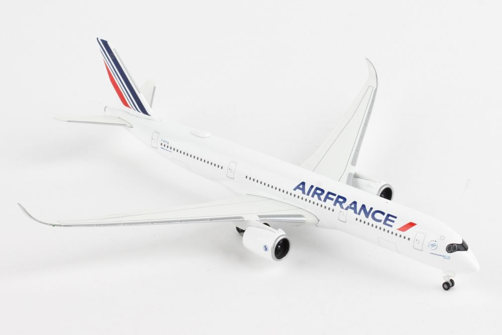 Air France Airbus A350-900 (1:500) by Herpa 1:500 Scale Diecast Airliners
