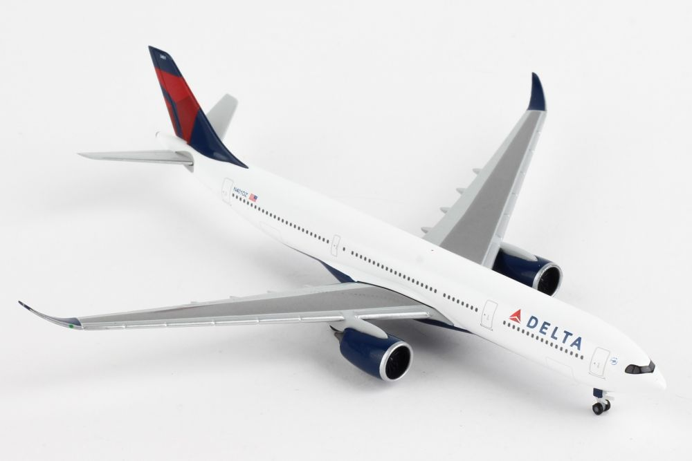 Delta Air Lines Airbus A330-900neo (1:500) by Herpa 1:500 Scale Diecast Airliners