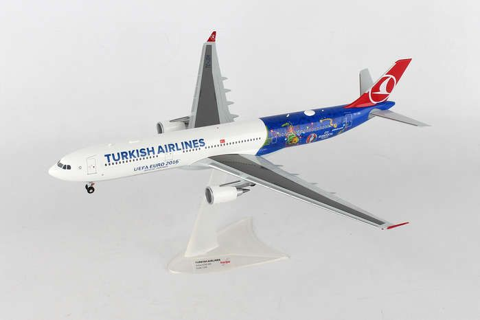 "Turkish A330-300 ""EM 2016"" TC-JOH (1:200), Herpa 1:200 Scale Diecast Airliners Item Number HE558105"