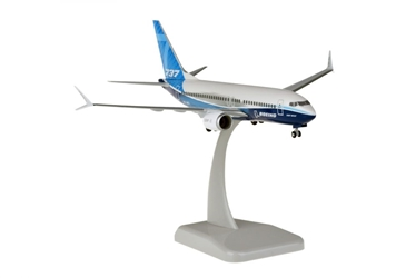 Boeing House 737-700MAX 1/200 W/gear 1/200