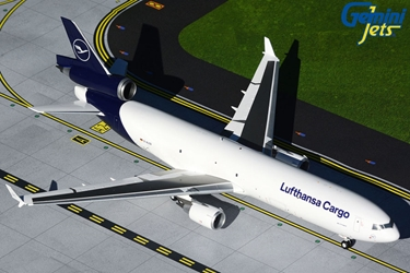 Luthansa Cargo MD-11F D-ALCD new livery (1:200)