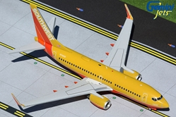 "Southwest Airlines B737-700(W) N714CB ""Southwest Classic"" (1:200)"